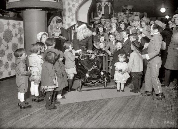 santa-1920s